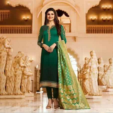 Vinay Kaseesh Banaras INDIA 6903